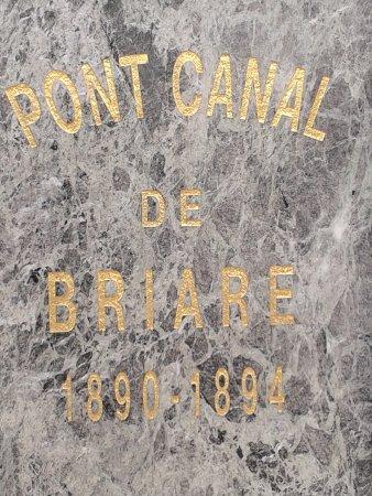 Pont canal de Briare dates de construction