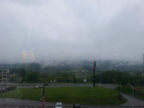 Wytheville, VA: view of the mountains, even on a cloudy day