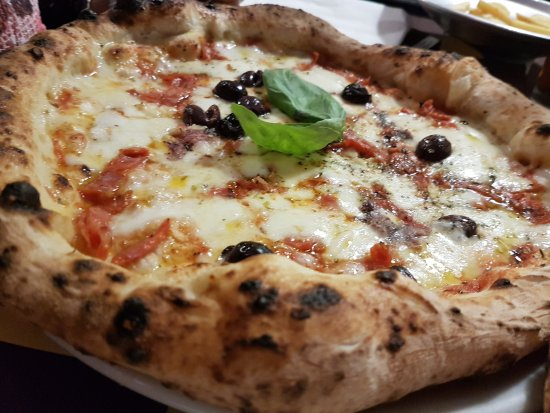 Casapulla, อิตาลี: 20170523_223923_large.jpg