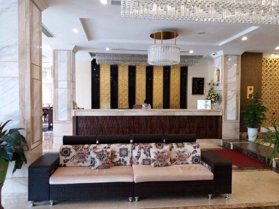 Sapa Legend Hotel & Spa: Sảnh sang trọng