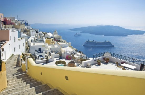 Crete 3-Day Independent Island Trip with Santorini and Mykonos