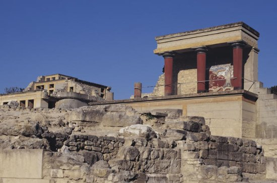Crete Ancient Palace of Knossos and Museum Private Tour