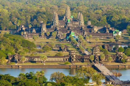 5-Night Cambodia Tour to Angkor Wat...
