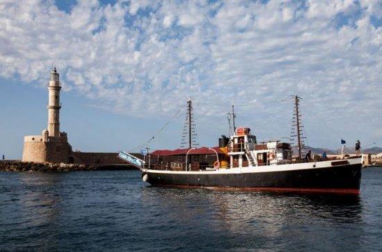 Sightseeing-Bootstour an der Küste...