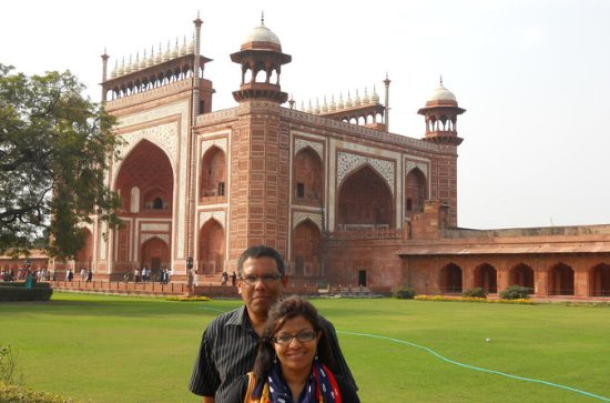 3-Day Private: Taj Mahal Pink City Tour with Night Show