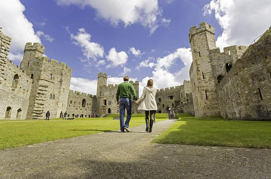 3-Day North Wales Group Tour: Castles...