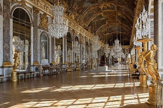 Skip the Line Versailles Palace Tour...
