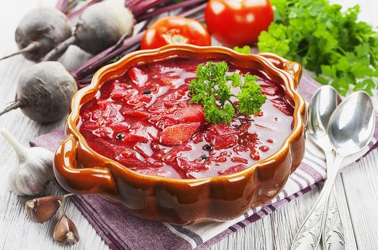 Private Borscht and Beef Stroganoff Cooking Class in Moscow