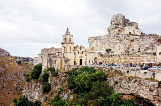 Guided Tour Sassi di Matera: I Due...