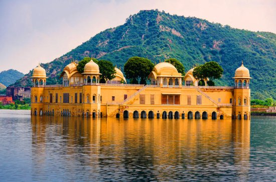 4-Day Golden Triangle Tour from Delhi...