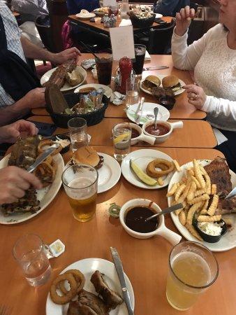 Twin Anchors Restaurant &Tavern: photo2.jpg