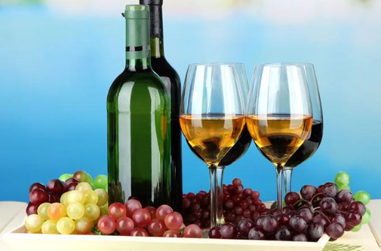 New Hampshire Wine and Dine Full-Day...