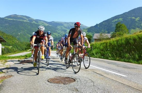 6-Night Small Group Cycle Tour of the French Rhône-Alpes from Geneva