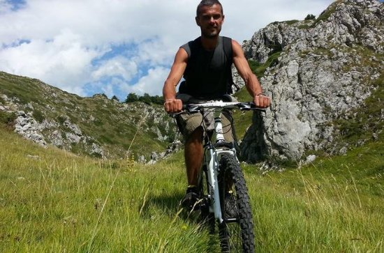 Abruzzo by E-bike Self-guided Tour