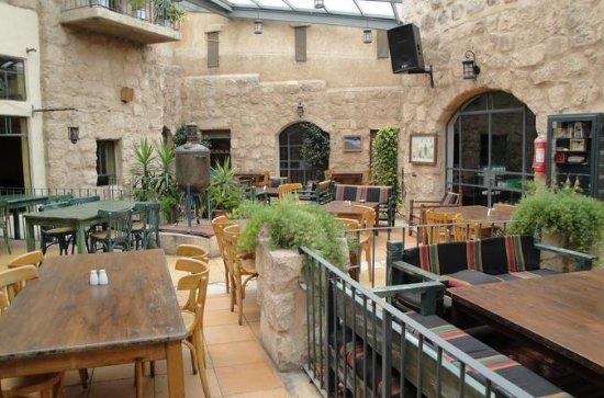 Déjeuner ou dîner au restaurant privé...