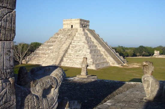 Cancun to Chichen Itza Day Trip with...