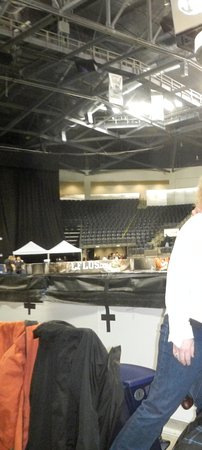 Kent, WA: ADA seating floor level