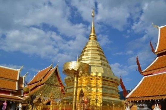 4-Day Tour from Chiang Mai to Chiang...
