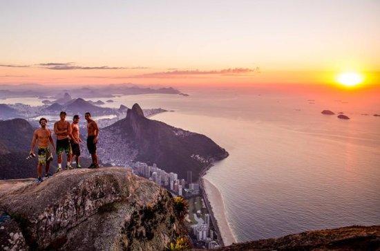 Caminhada na Pedra da Gávea no Rio de...