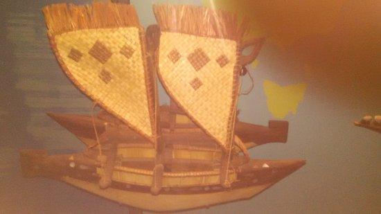 Bishop Museum: ancient Hawaiian catamarans