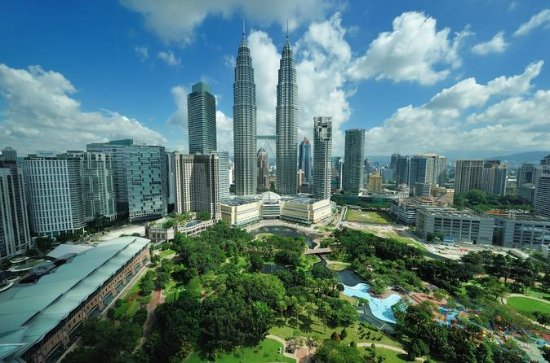 Private Tour: Kuala Lumpur with...