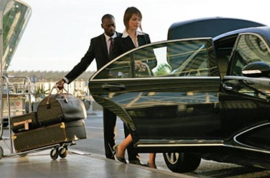 Low Cost Private Transfer From Glasgow Prestwick Airport to Edinburgh...