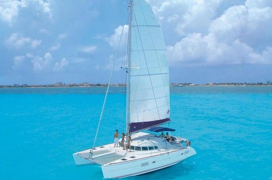 Half-Day Sailing Trip to Isla Mujeres...