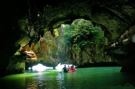 Excursion en canoë à la grotte de...