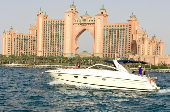 Privat Everest Yacht Cruise fra Dubai
