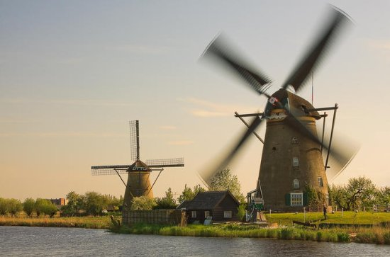 Kinderdijk, The Hague with Mauritshuis Luxury from Amsterdam