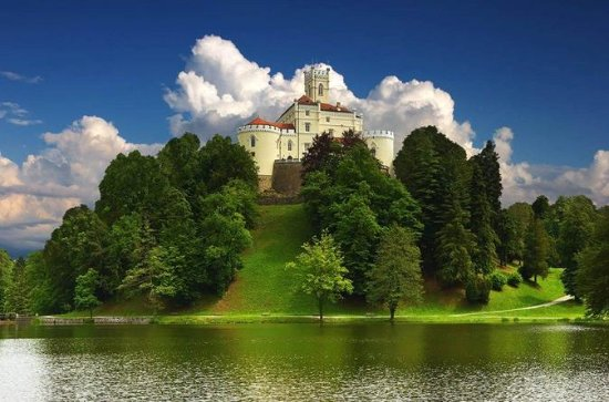 Varazdin City and Trakoscan Castle...