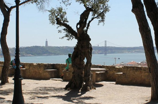 Lisbon Highlights Walking Tour