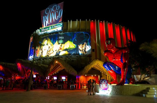 Coco Bongo Show en Disco in Punta Cana