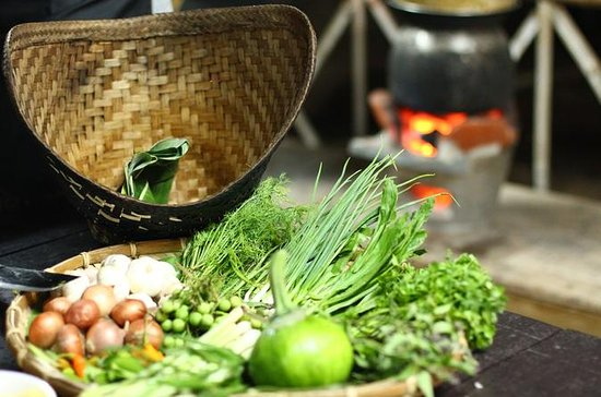 Vientiane Foodie Half Day Private Tour