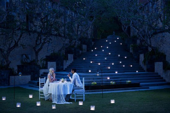 Private 6-Course Romantic Candlelight Dinner Overlooking Ubud Valley