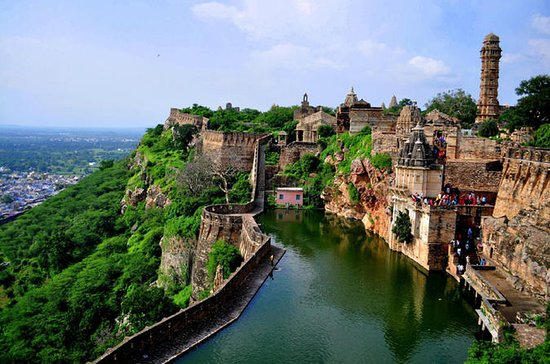 Private Day Trip to Fort Chittorgarh...