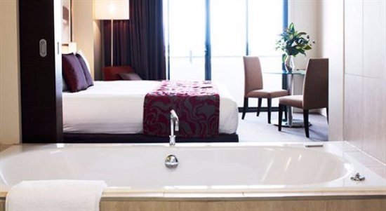 Campbelltown, Australia: Executive Spa Room