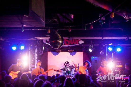 Maroochydore, Australia: Live Bands every weekend