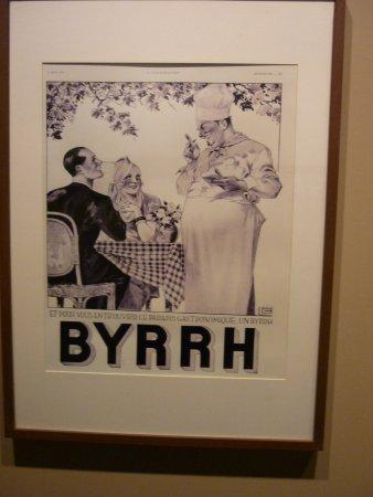 Caves Byrrh: AFFICHES SUR BOUTEILLES