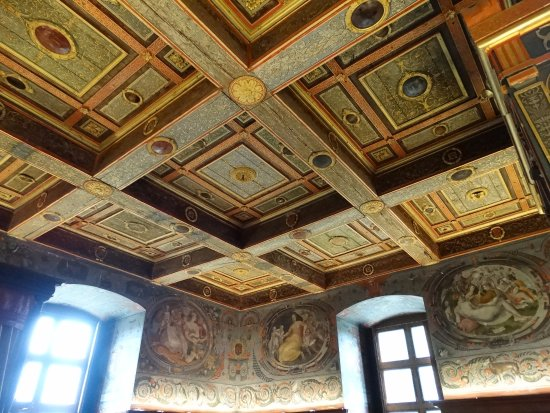 Ancy-le-Franc, Франция: de beau plafond original