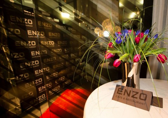 Enzo Cafe & Restaurant: The special event welcome