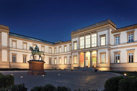 斯图加特斯图加特国立美术馆