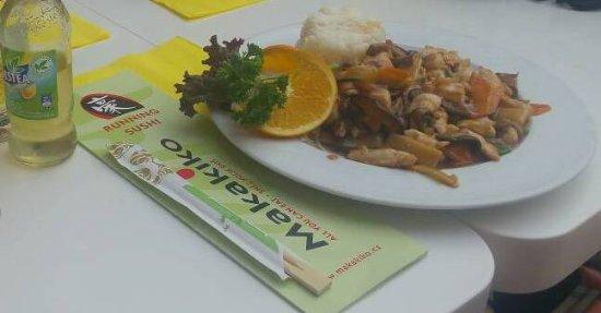 Makakiko: Ayam Jamur