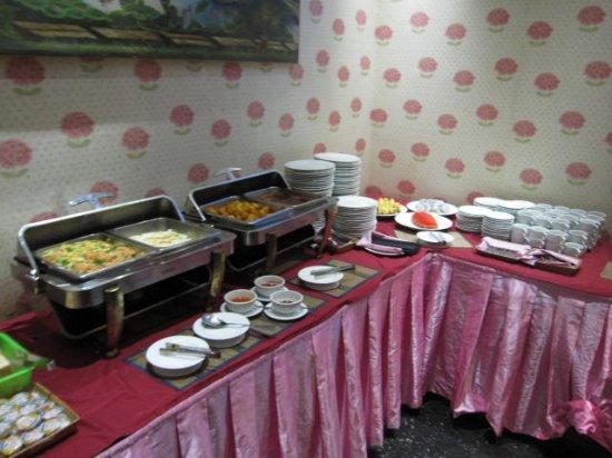 Parklane Hotel: 料理は4種類