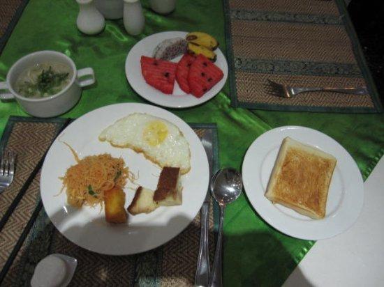 Parklane Hotel: 朝食