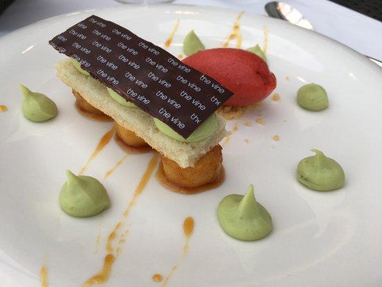 Restaurant gastronomique en terasse