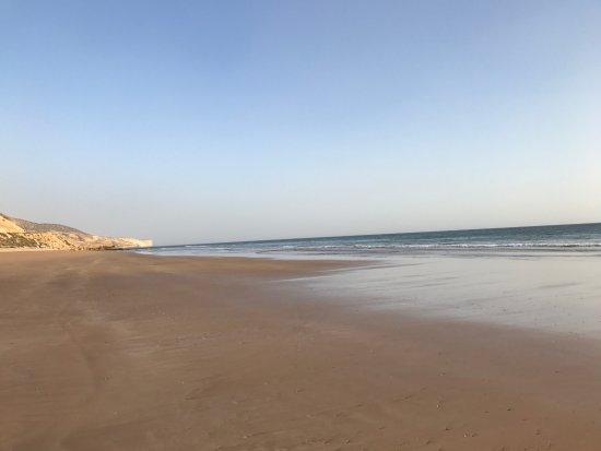 Paradis Plage Surf Yoga & Spa Resort: la plage devant l'hotel