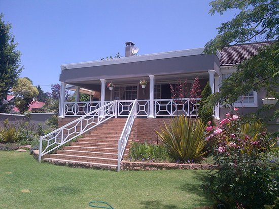 Kokstad, South Africa: Front View Of The Guesthouse