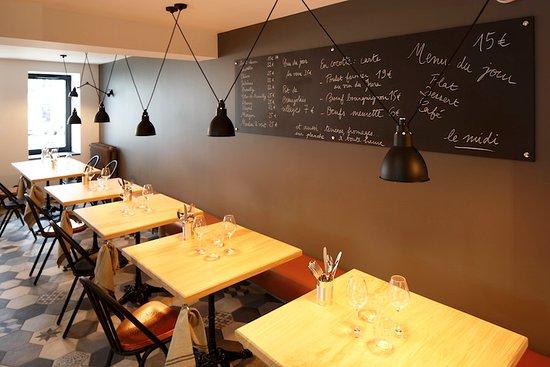 Saint-Amour-Bellevue, Francia: A l'ardoise - chez Joséphine à table - cuisine de famille