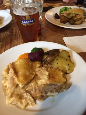 Helen Browning's Royal Oak: organic chicken pie